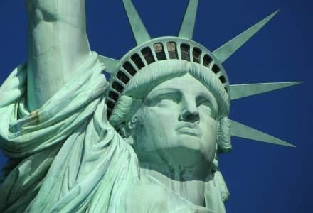 Coronavirus: SUA suspendă eliberarea de vize în lume