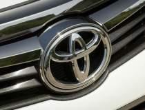 Toyota închide temporar cinci...