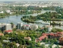 Parcurile din București se...