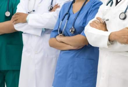 Albania trimite 30 de medici şi infirmiere în Italia