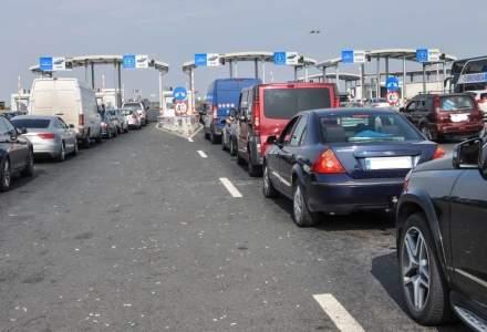 Arad: Cinci ore de aşteptare la intrarea în ţară prin Nădlac II, din cauza numărului mare de maşini