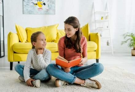 Președintele Iohannis a promulgat legea privind plata serviciilor oferite de bonă familiilor cu venituri de până în 3.500 de lei
