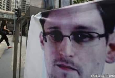 Guvernul britanic a obligat The Guardian sa distruga dosare furnizate de Edward Snowden