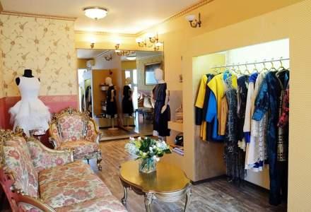 (P) Trendurile și eticheta sunt motivele pentru care ar trebui să faceți o comandă rochii de nuntă de la Croitoriepicasso.ro!