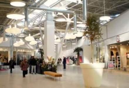 Guvernul Canadei mai deschide un centru pentru cereri de viza la Bucuresti