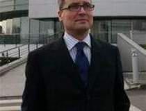 Brent Valmar, vicepresedinte...