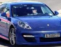 Coupe-ul cu 4 usi Porsche...