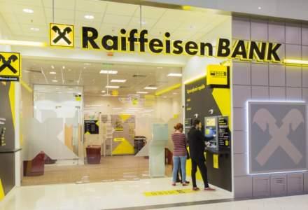 Raiffeisen Bank a amânat ratele pentru peste 25.000 de clienți