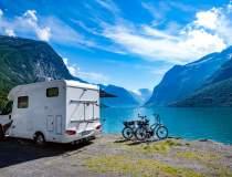 Excursiile cu cortul sau în...