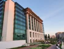 Biblioteca Naţională rămâne...