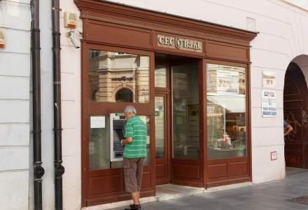Campanie CEC Bank: carduri gratuite pentru pensionari până la finalul anului și trimiterea pensiilor prin Poșta Română