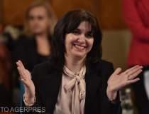 Ministrul Educației, criticat...