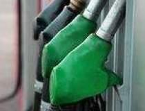 Petrolul scade pana la 48,75...