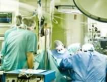 Un asistent medical de la...