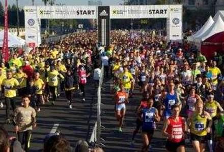 Bucurestiul rade, canta si alearga! Cum a fost la Marathon 2013 [VIDEO]