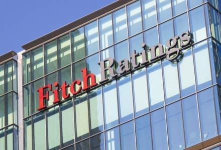 Agenția de Rating Fitch anunță decizii privind 5 bănci din România