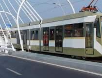 Tramvaiele liniilor 1 şi 10...