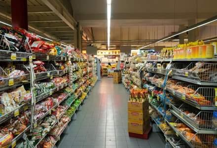 Studiu GfK: Cheltuielile casnice au crescut cu 14% în pandemie, dar românii au preferat să cumpere produse mai ieftine, de la discounteri și magazine de proximitate