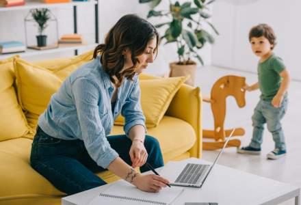 Munca versus copii: 1 din 2 angajați recunoaște că lucrează cu dificultate de acasă