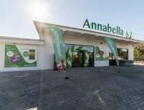 Annabella deschide cel puțin...
