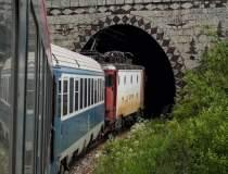 Trenul Bucureşti-Budapesta ar...
