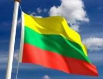 Fitch a retrogradat Lituania