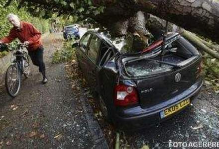 Marea Britanie si vestul Frantei, afectate de o furtuna puternica