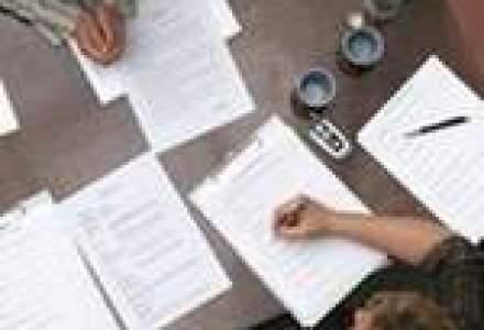 Solutii impotriva concedierilor: 4 zile lucratoare pe saptamana