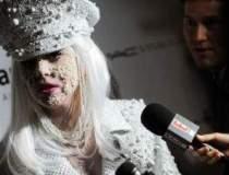 Lady Gaga a fost data in...