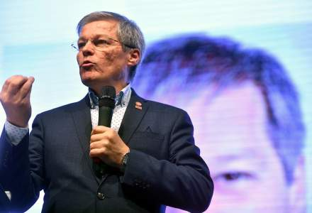 Dacian Cioloș, despre sezonieri: Nu vrem să mai vedem muncitori cazați în condiții mizere sau păcăliți de angajatori