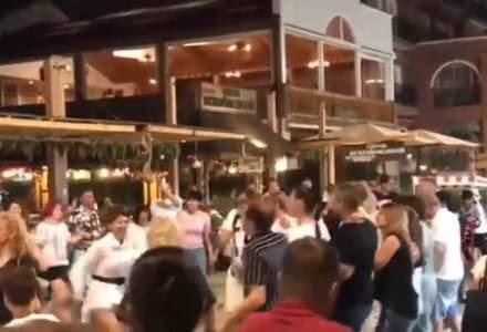 Relaxare totală în Mamaia: zeci de petrecăreți au încins o horă ignorând măsurile de distanțare socială