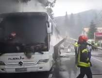 VIDEO Un autocar cu 46 de...