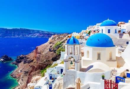 Liber la chartere în Grecia. Cât costă o vacanță în Santorini, Creta sau Rodos