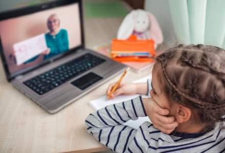 """Ministerul Educației va putea asigura """"la cerere"""" fiecărui elev și profesor laptop sau tabletă pentru educația online"""
