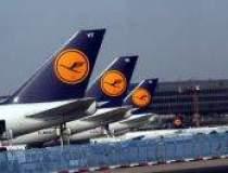 Lufthansa lifts passenger...