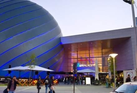Trafic AFI Cotroceni: În lipsa festivalurilor, mall-ul rămâne singurul loc unde clienții au un motiv în plus de a se bucura de purtarea hainelor noi