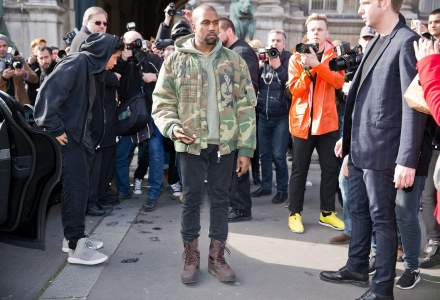 Cum vrea Kanye West să schimbe shopping-ul online: video cu noua platformă