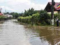România sub ape | Zeci de...