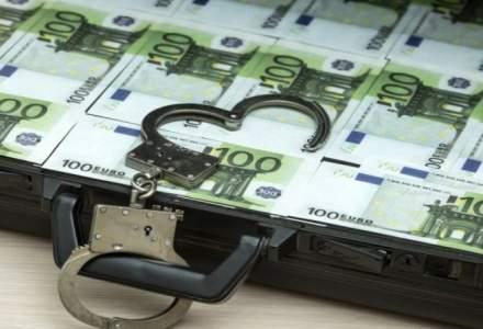 Percheziții în Italia şi în România, într-o anchetă care vizează o reţea specializată în fraude informatice