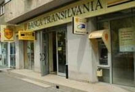 Banca Transilvania isi stimuleaza clientii sa aduca parteneri si prieteni ca deponenti