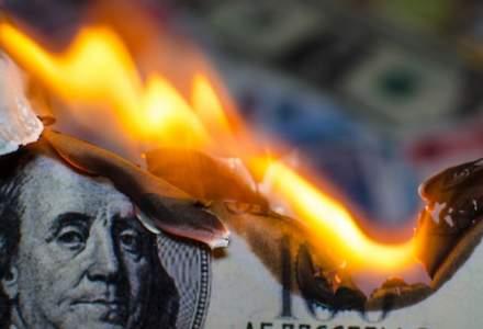 Saxo Bank: Riscăm o devalorizare totală a dolarului, mai rău ca după cel de-al Doilea Război Mondial