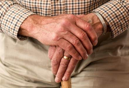 Bonuri de masă pentru pensionarii de peste 75 de ani