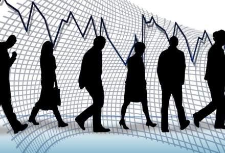 Estimări îngrijorătoare ale analiștilor: la cât va ajunge cursul euro/leu