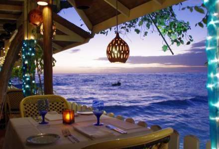 """""""Ștampilă"""" de bun venit timp de 1 an pentru turiști, pe o insulă din Caraibe"""