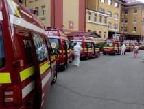 Coadă de ambulanțe la...
