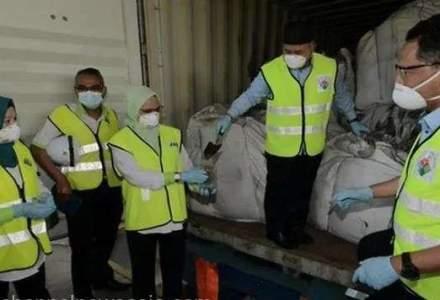 Containere cu deșeuri toxice din România, abandonate în Malaezia