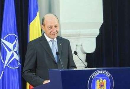 """Basescu arunca bomba din cauza accizei la carburanti: """"RESPING Memorandumul cu FMI"""""""