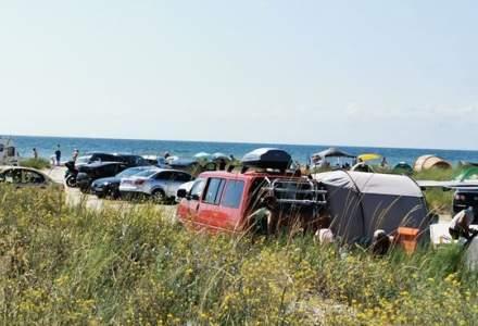 Amenzi de 13.000 de lei pentru dezastrul de pe plajele sălbatice Vadu și Corbu