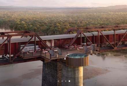 FOTO Hotelul de cinci stele, suspendat deasupra unui râu