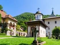 Mănăstirea Cozia închisă din...